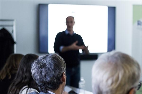 Tremplin pour l'impact : 12 entreprises sociales rencontrent 16 mécènes